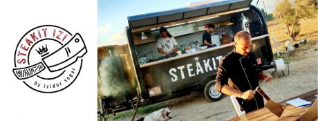Steak it Izi פודטראק שף בשרים מעושנים